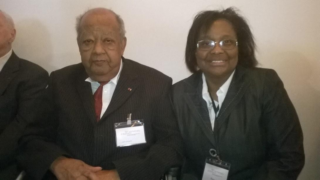Gert Schramm und Dr. Pierrette Herzberger-Fofana (rechts) am 12. April 2015 in Weimar -- Urheberrecht: Pierrette Herzberger-Fofana.