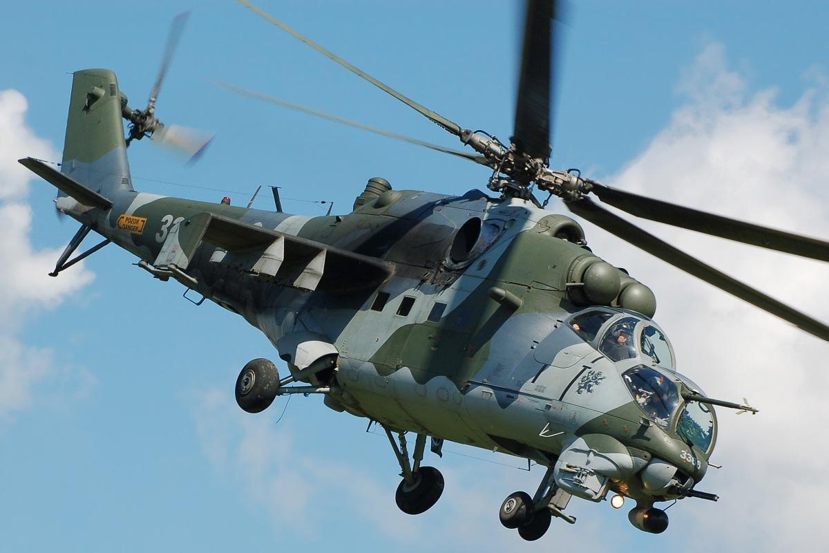 Der russische Mi-35M-Kampfhubschrauber, der für die Ausfuhr bestimmt ist, ist die verbesserte Version des berühmten russischen Mi-24VM-Kampfhubschraubers.