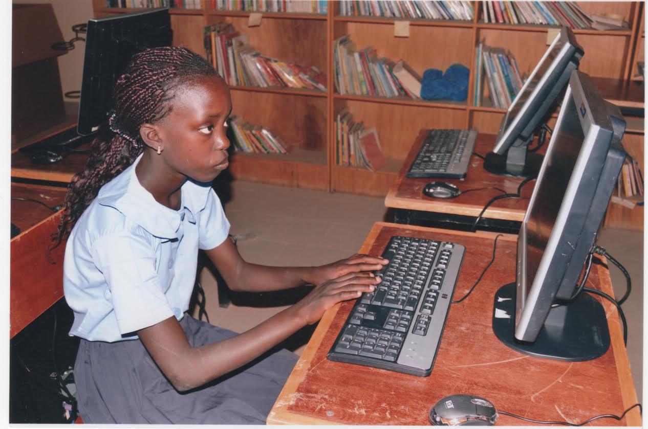 Senegal_Computer_Spende-Erlangen-Deutschland